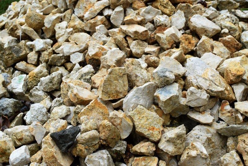 Mucchio di Chips Pebbles For Landscaping di marmo schiacciato, struttura, fondo fotografia stock