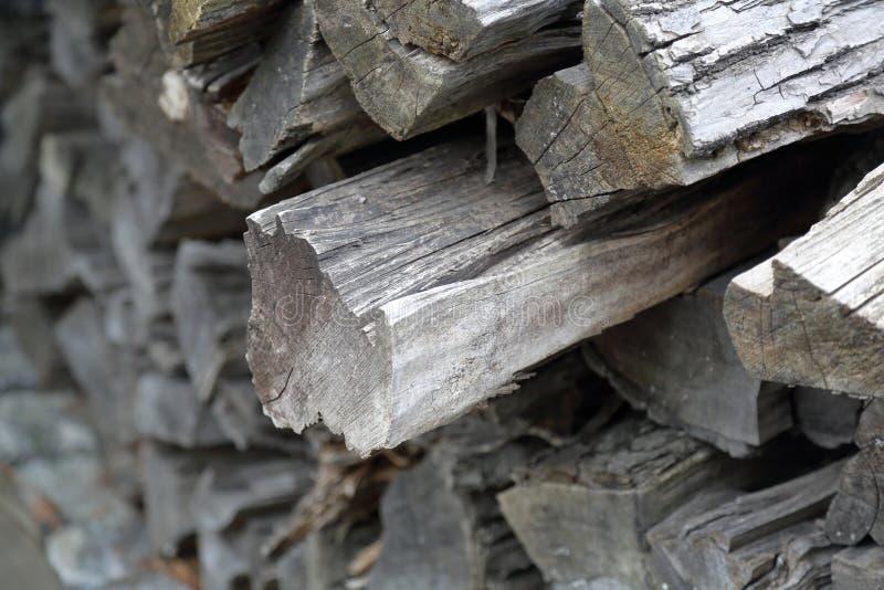 Mucchio di legna da ardere asciutta fotografia stock