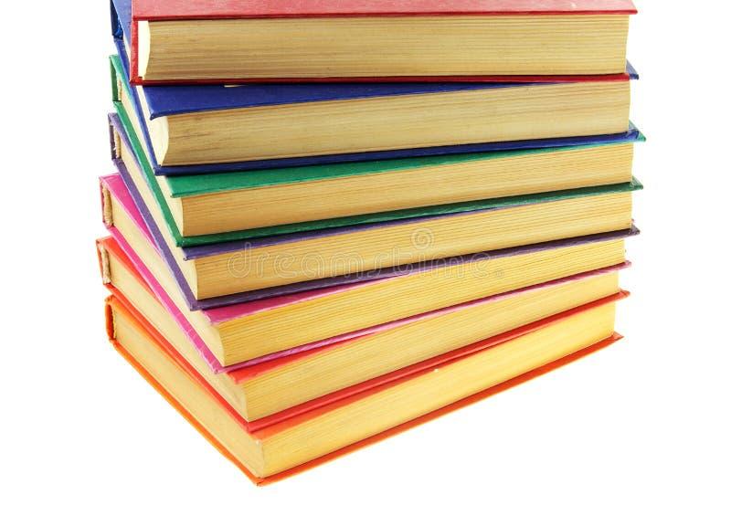 Mucchio di vecchi libri multi-coloured immagini stock