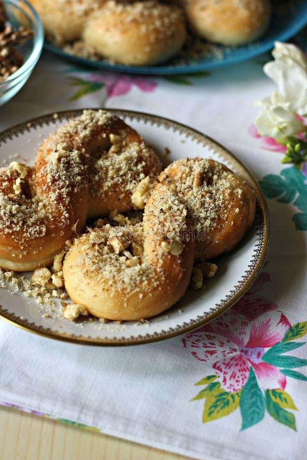 Mucenici: traditioneel Roemeens zoet brood stock afbeelding