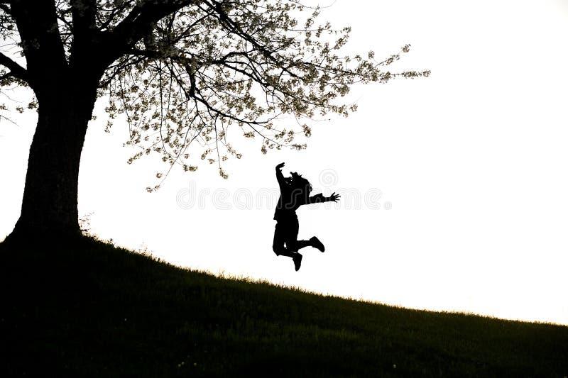 Muchacha acrobática feliz fotos de archivo