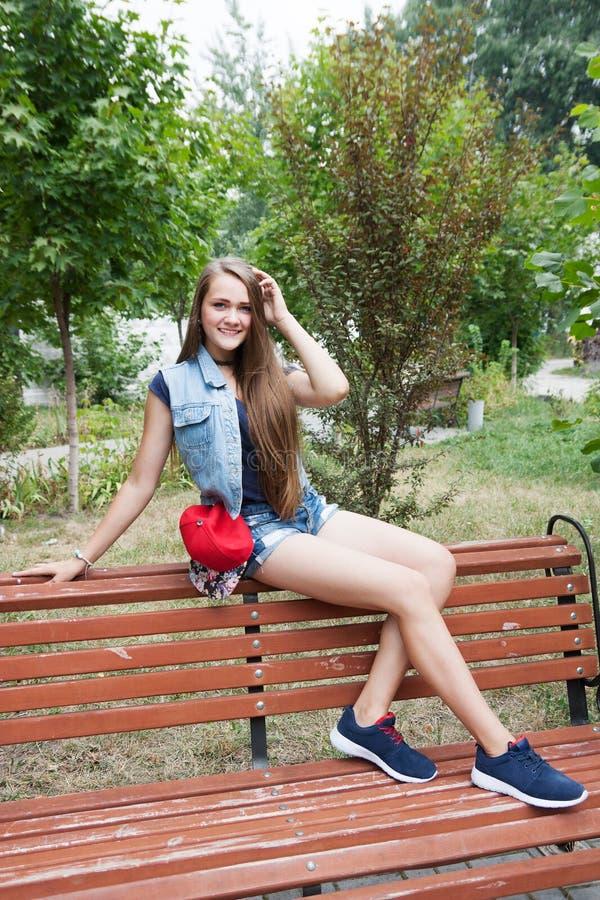 Muchacha adolescente imagen de archivo libre de regalías