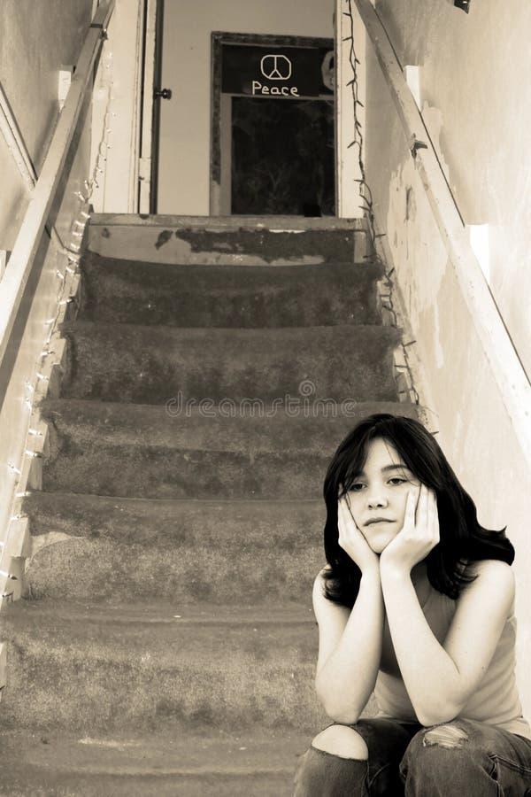 Muchacha adolescente deprimida triste foto de archivo