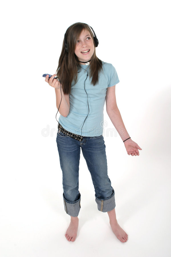 Muchacha adolescente joven que escucha la música 3 fotos de archivo