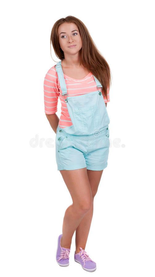 Muchacha adolescente pelirroja en pantalones cortos foto de archivo libre de regalías