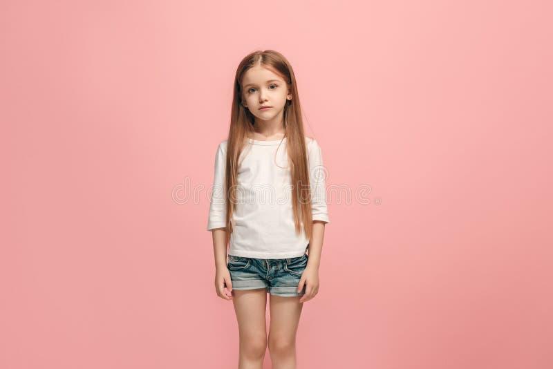 Muchacha adolescente triste pensativa seria joven fotografía de archivo