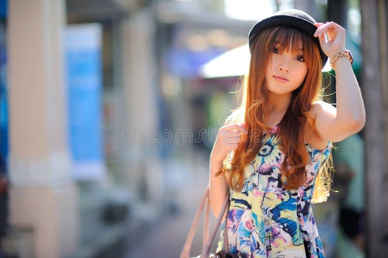 Muchacha asiática hermosa fotografía de archivo