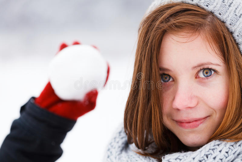 Muchacha bonita del invierno fotos de archivo libres de regalías