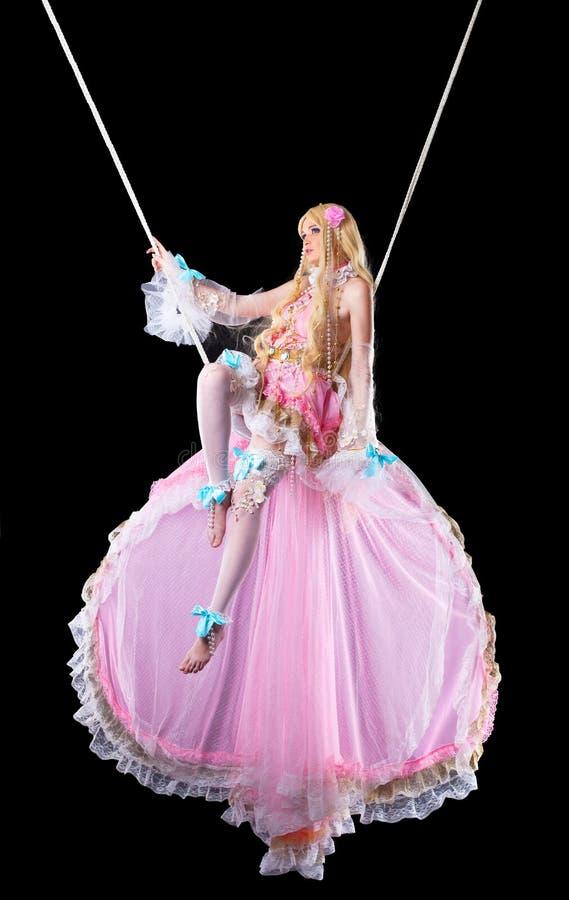 Muchacha bonita en mosca del traje de la muñeca del fary-cuento imagen de archivo libre de regalías