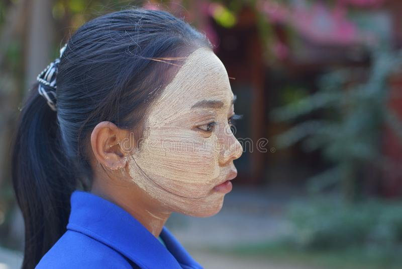 Muchacha burmese joven, Bagan, Birmania, Asia fotografía de archivo