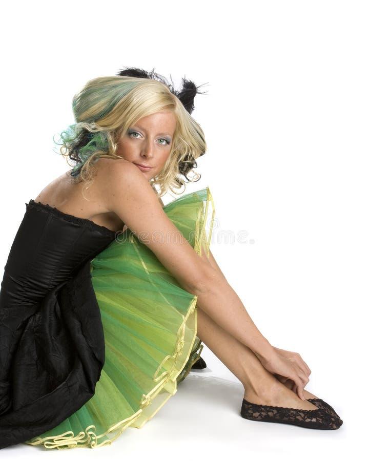 Muchacha cobarde del baile de fin de curso imagen de archivo libre de regalías