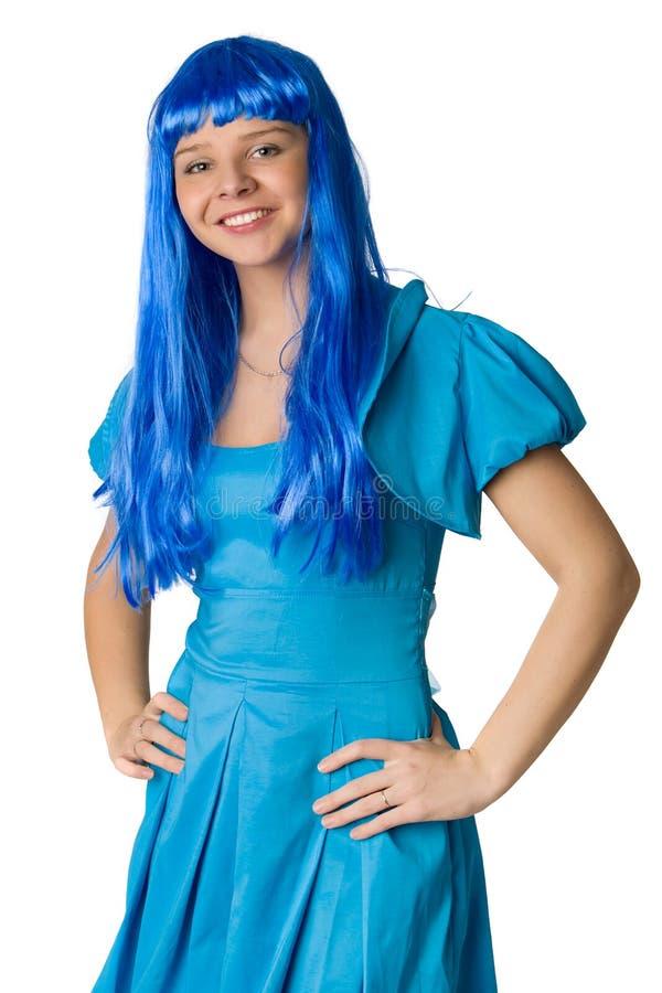 Muchacha con el pelo azul largo aislado en blanco imagenes de archivo