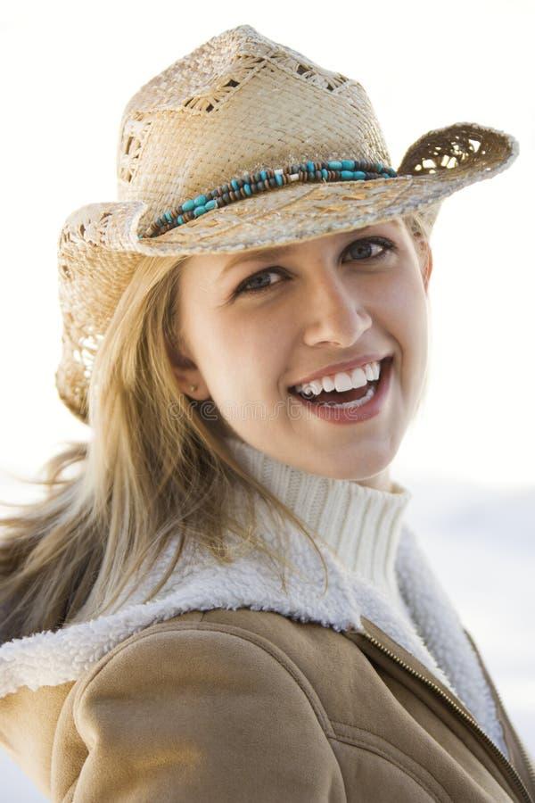 Muchacha con el sombrero de vaquero. foto de archivo libre de regalías