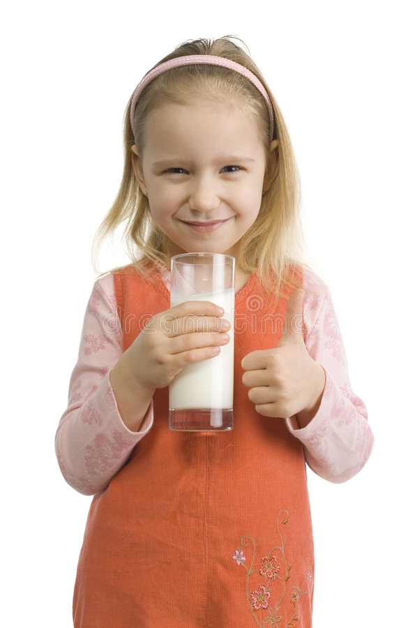 Muchacha con la leche que muestra la muestra ACEPTABLE fotografía de archivo