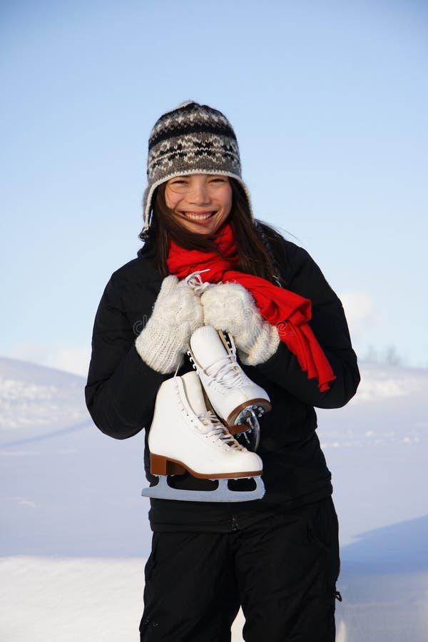 Muchacha con los patines fotos de archivo libres de regalías