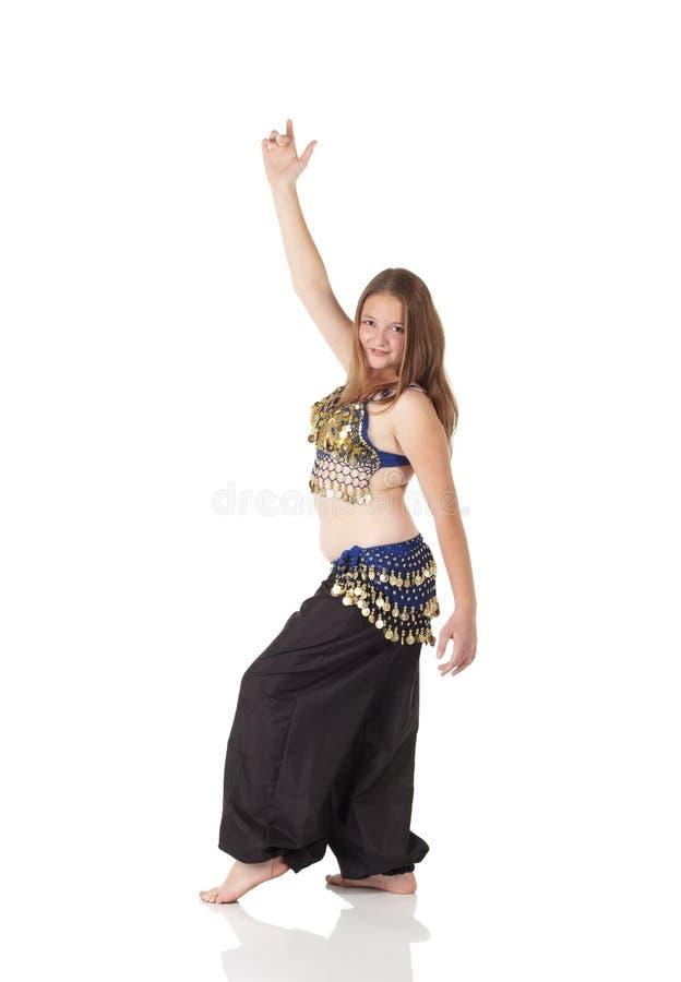 Muchacha de baile joven de vientre fotografía de archivo