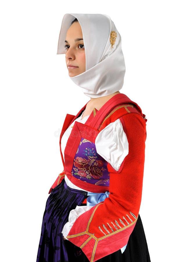 Muchacha de Elisa en el vestido tradicional de Cerdeña imagenes de archivo