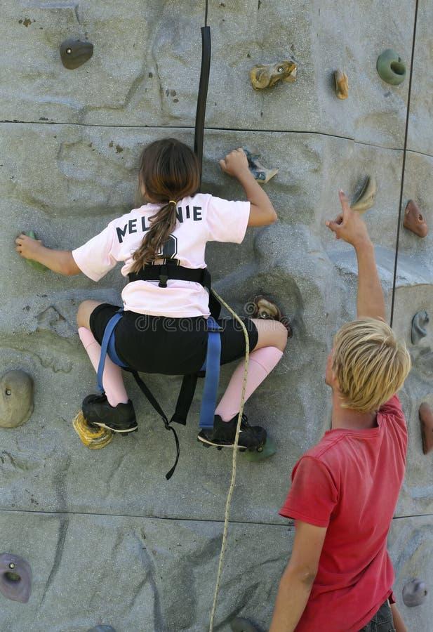 Muchacha de la escalada foto de archivo