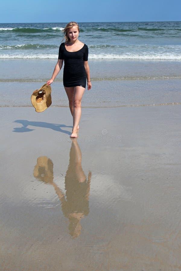 Muchacha de la playa fotografía de archivo