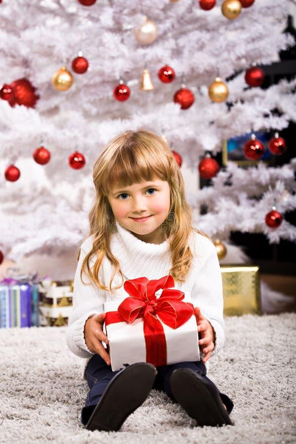 Muchacha de Navidad foto de archivo libre de regalías