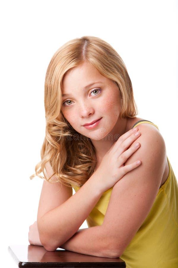 Muchacha del adolescente con la piel facial limpia fotos de archivo