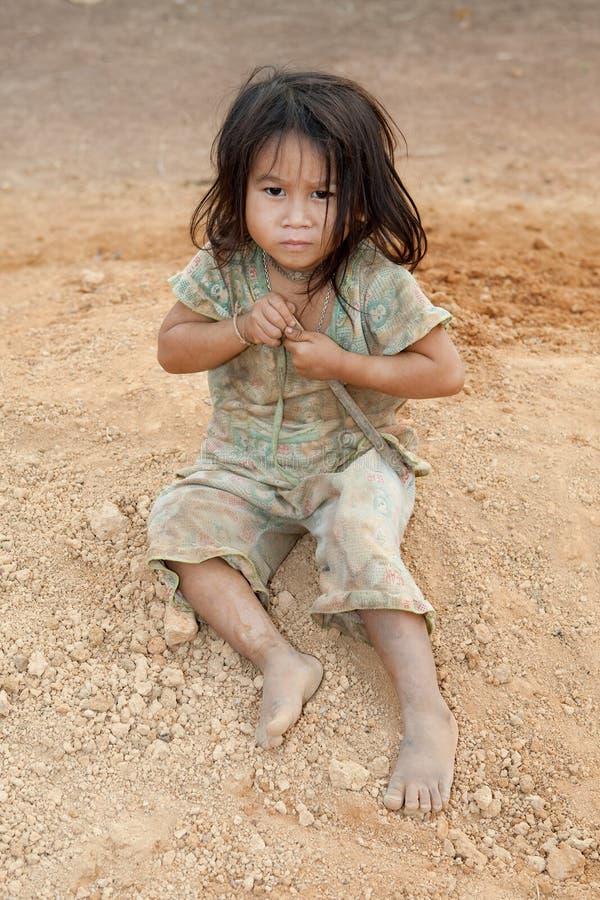 Muchacha del retrato de Laos en pobreza imágenes de archivo libres de regalías