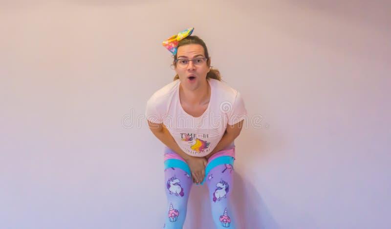 Muchacha del transexual de LGBT que hace una expresión divertida imágenes de archivo libres de regalías