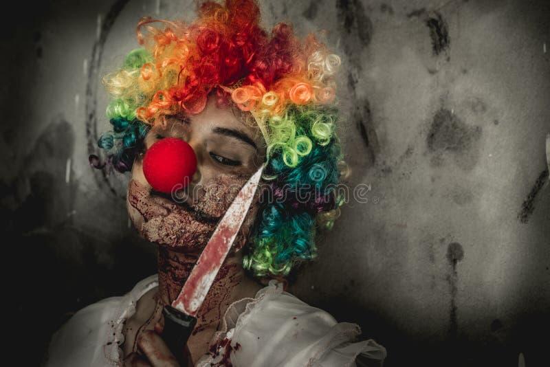 Muchacha del zombi en Halloween fotografía de archivo