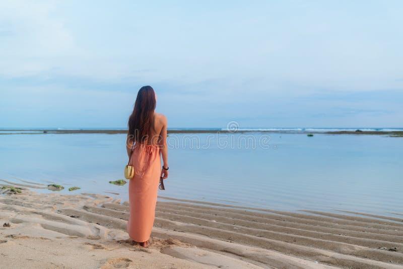 Beachkini Ba/ñador de una Pieza para Mujer Ba/ñador de Manga Larga con Cremallera Frontal Tri/ángulo Ba/ñador