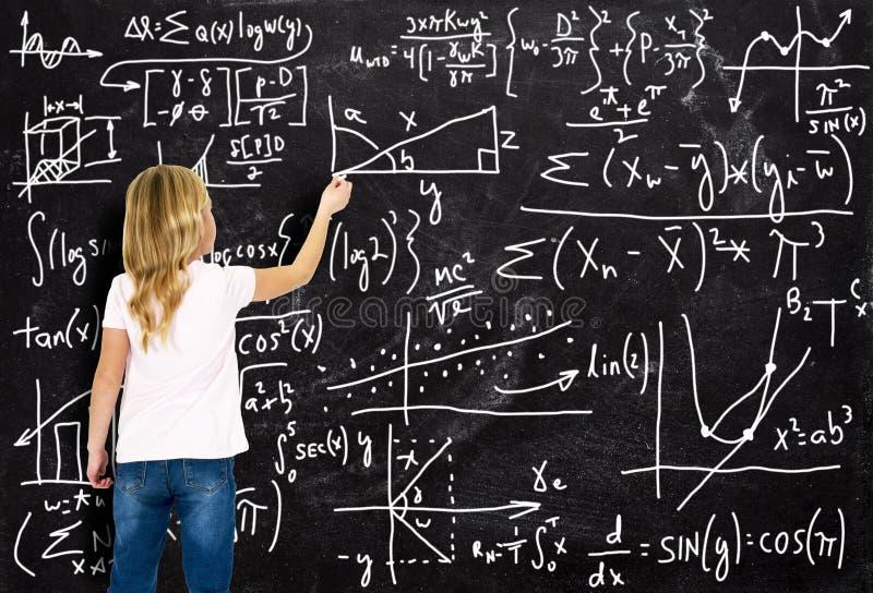 Muchacha elegante, matemáticas, aritmética, educación, aprendiendo imagenes de archivo