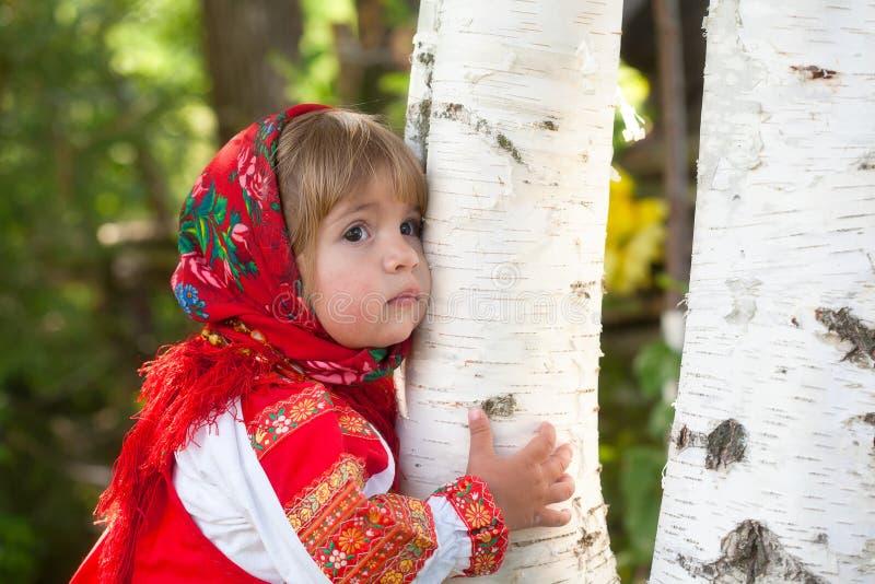 Muchacha en la alineada nacional rusa foto de archivo libre de regalías