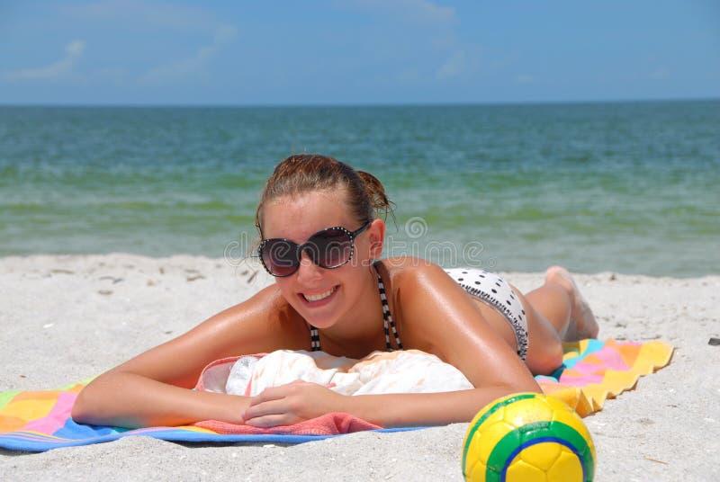 Muchacha en la playa de la Florida imagen de archivo libre de regalías