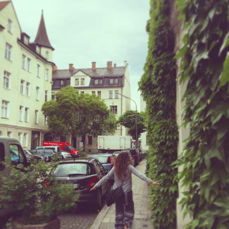 Muchacha en Munich imagen de archivo