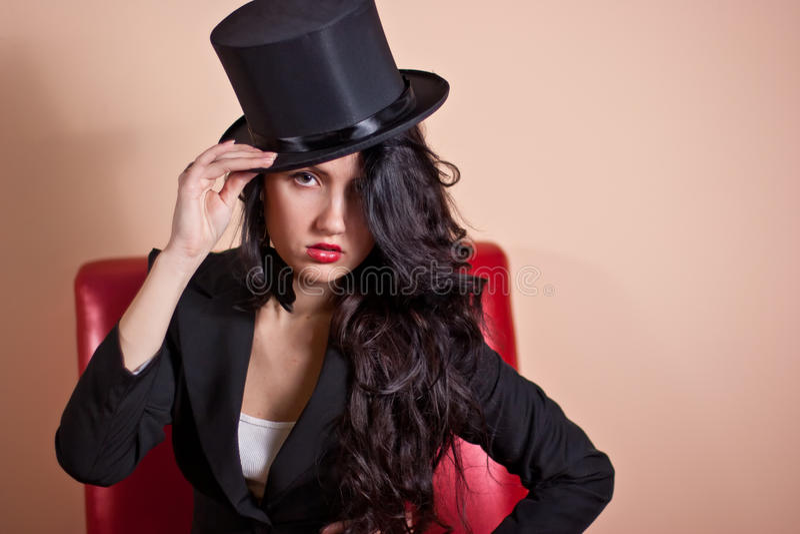 Muchacha en un sombrero imagen de archivo libre de regalías