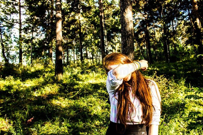 Muchacha en verano fotografía de archivo libre de regalías