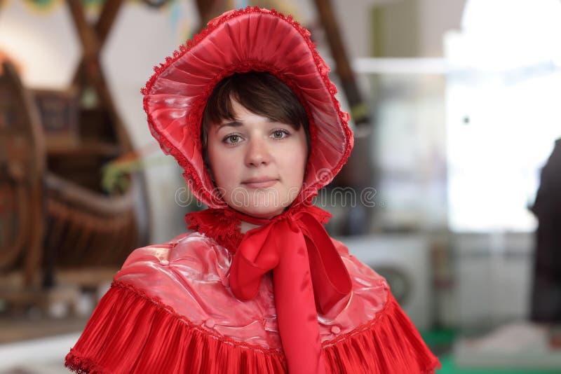 Muchacha en vestido del victorian imagen de archivo libre de regalías