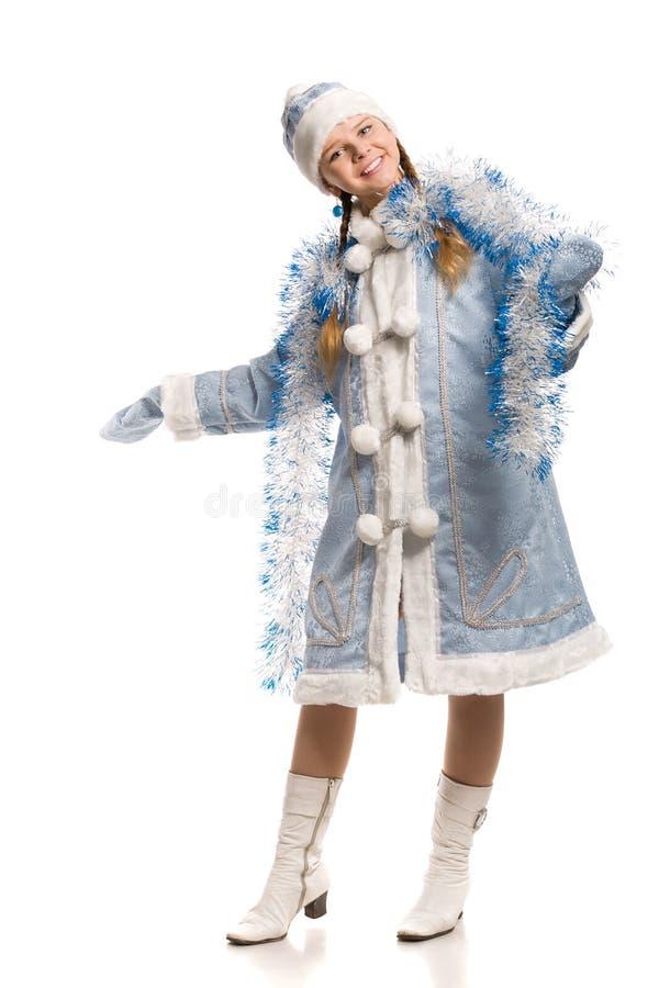 Muchacha feliz en traje virginal de la nieve con oropel imagen de archivo