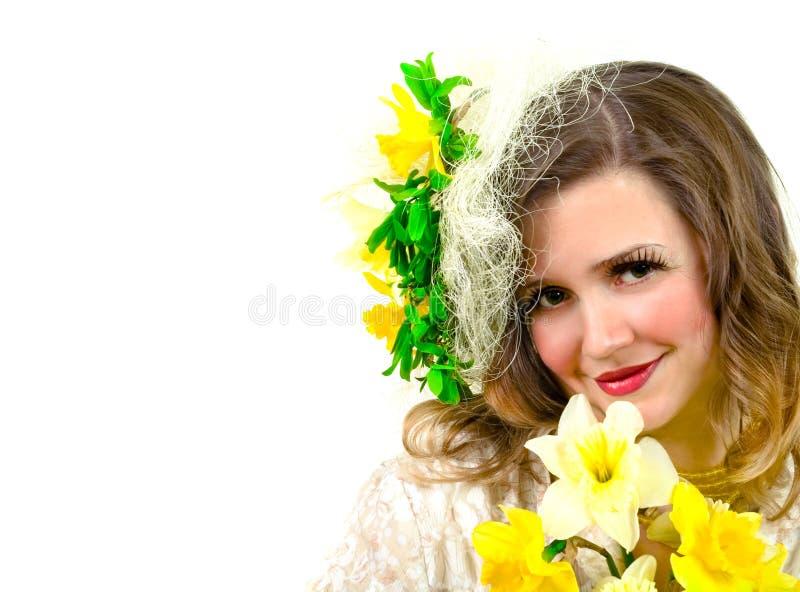 Muchacha hermosa con flo amarillo imagen de archivo libre de regalías