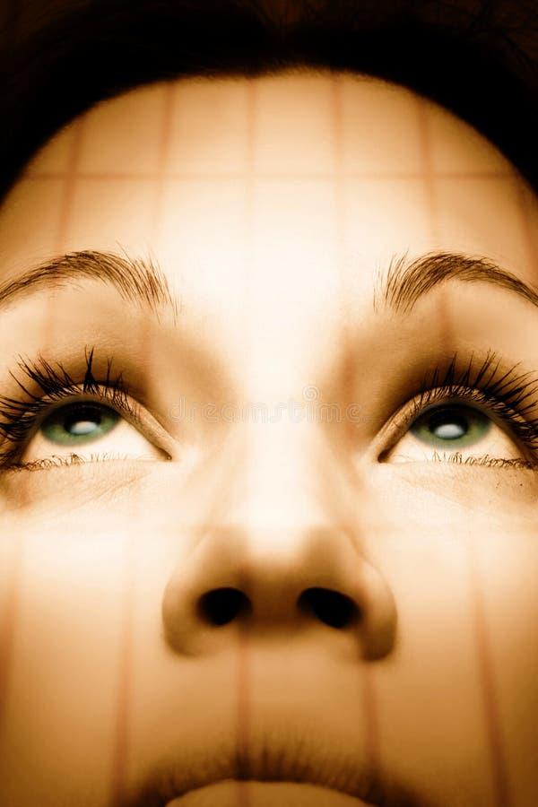 Muchacha hermosa con los ojos verdes imagen de archivo libre de regalías