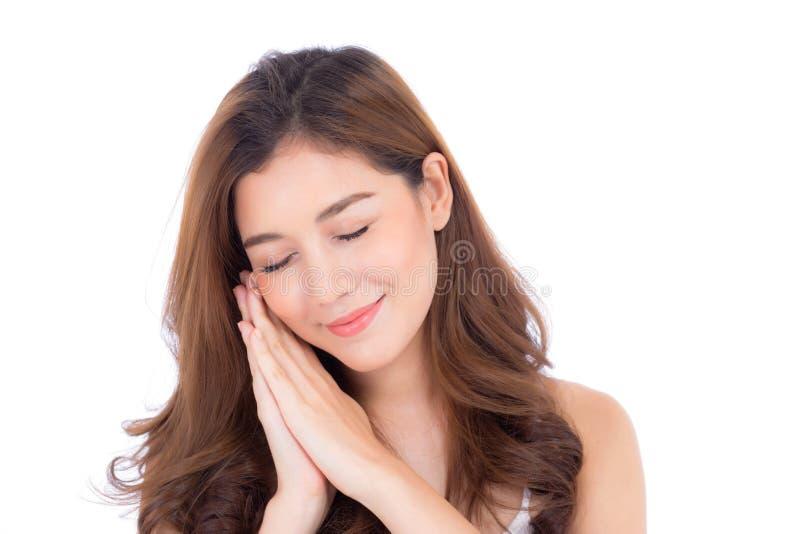 Muchacha hermosa con maquillaje, concepto de los cosméticos del cuidado de la mujer y de piel/la muchacha asiática atractiva smil imágenes de archivo libres de regalías
