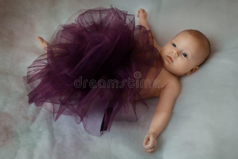 Muchacha hermosa del bebé imagenes de archivo