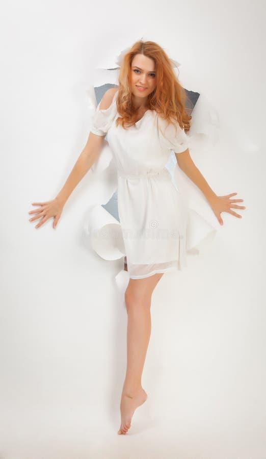 Muchacha hermosa del redhead fotografía de archivo