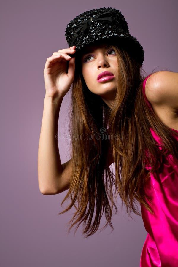 Muchacha joven atractiva de la manera fotos de archivo