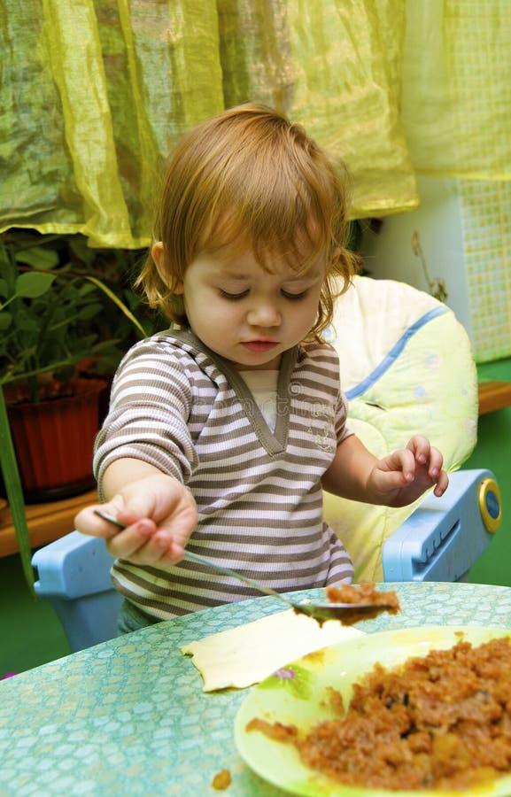 Download Muchacha La Empanada Del Cocinero De Manzanas Imagen de archivo - Imagen de humano, casero: 7283121