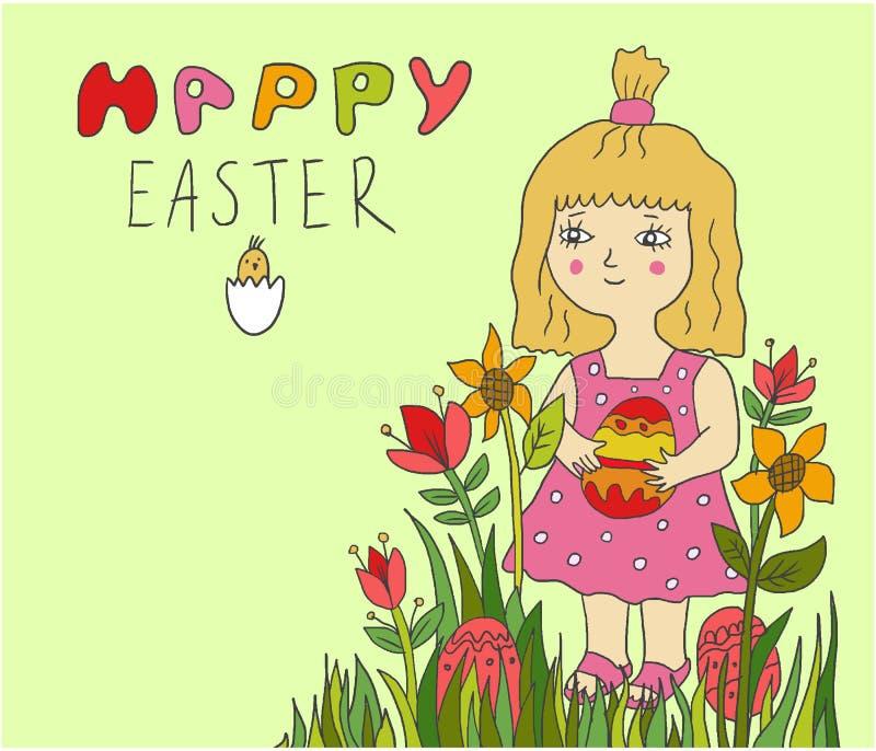 Muchacha linda del pequeño niño que sostiene el huevo pintado en flores imagenes de archivo