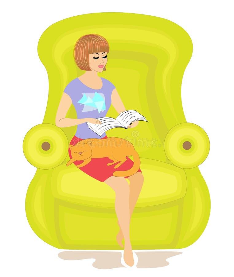 Muchacha linda que lee un libro en la silla La se?ora est? sosteniendo un gato, el animal est? durmiendo Humor y comodidad felice libre illustration