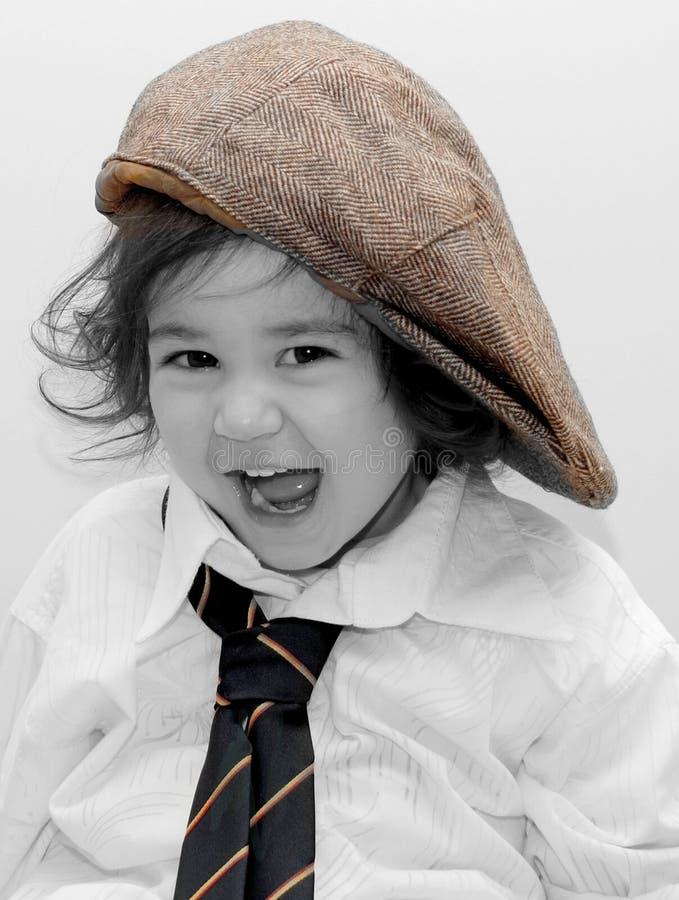 Muchacha linda vestida para arriba como papá imagen de archivo
