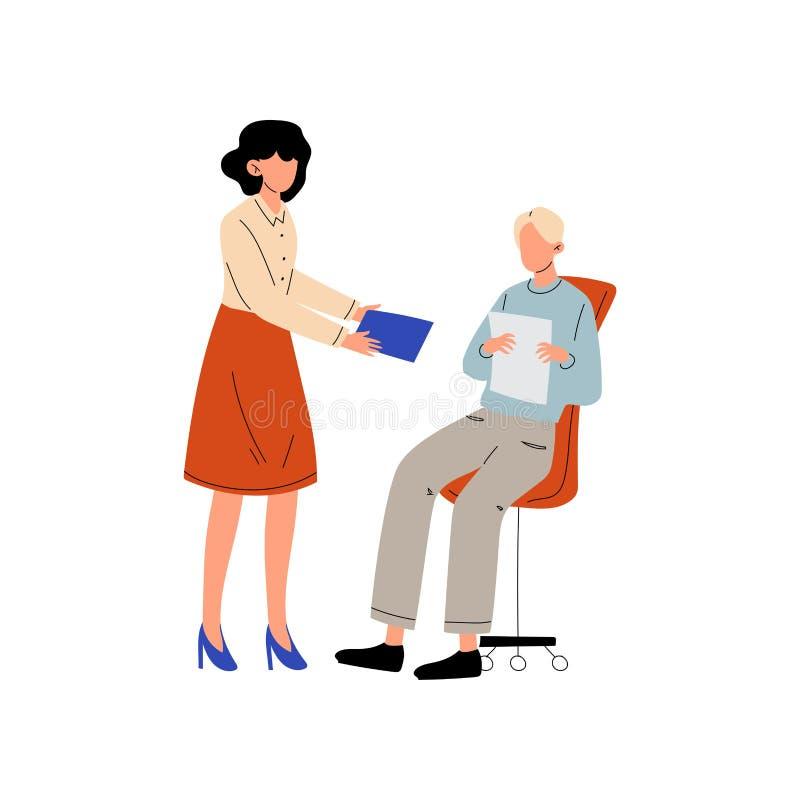 Muchacha que da a documentos de papel al hombre que sentada en la silla, colegas que trabajan junto en la oficina, comunicación e stock de ilustración