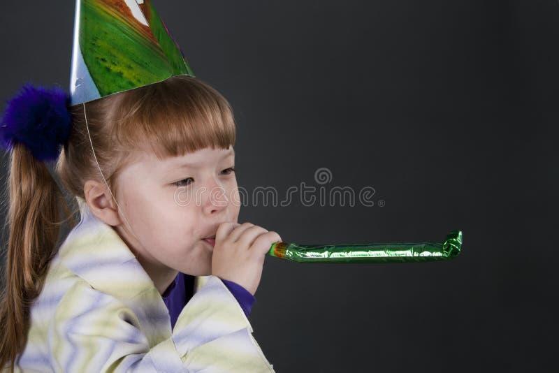 Muchacha sola en cumpleaños imagen de archivo