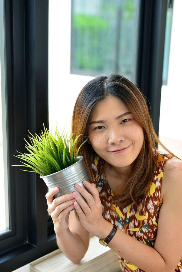 Muchacha tailandesa del retrato fotos de archivo
